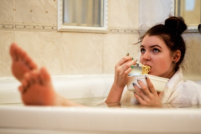 How to put a bathtub back together and play again